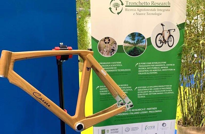 Bicicletta green a Future Innovation Milano